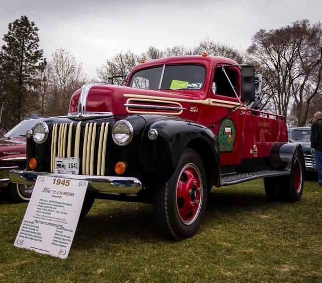 Vintage Tow Truck - ©Tamara Isaac