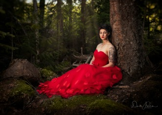 Red Dress - Doerte Pavlik