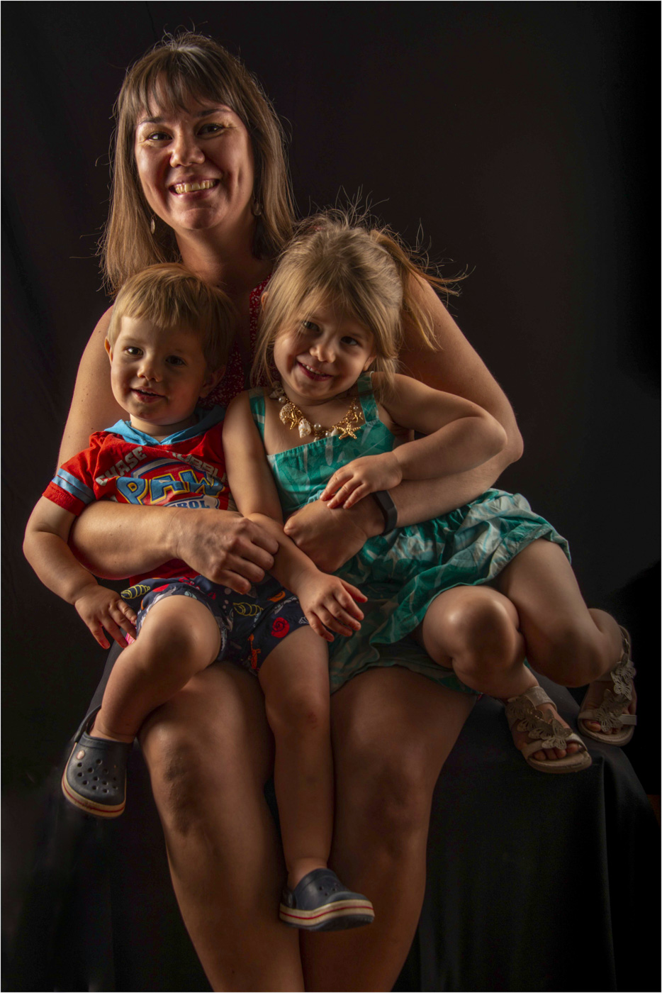 Rebeccah, Annabelle and Oliver - August 2018 - Derek Chambers