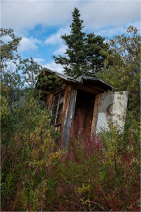 Waning Moon House, Dezadeash River, Yukon - Gloria Melnychuk 2560-562