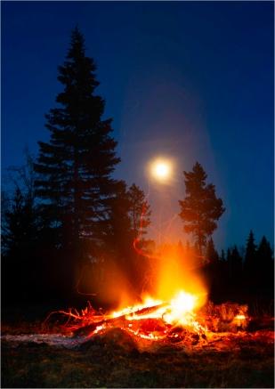 Moonlight and Firelight - Gloria Melnychuk