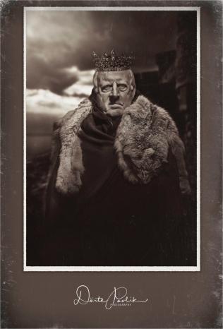 Hail The Sour King! Framed - Doerte Pavlik