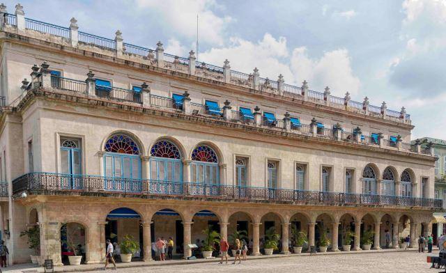 Hotel Santa Isabel, Habana Viejja - Derek Chambers
