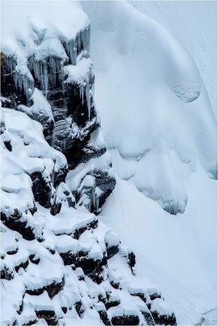 On the Rocks at Helmcken Falls ~ Gloria Melnychuk