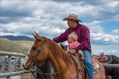 37 Live Portrait of Someone - Gloria Melnychuk - Deadmans Creek Rodeo 4001-056