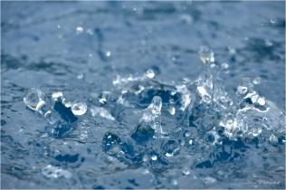 16 Liquid Splash - Gloria Melnychuk