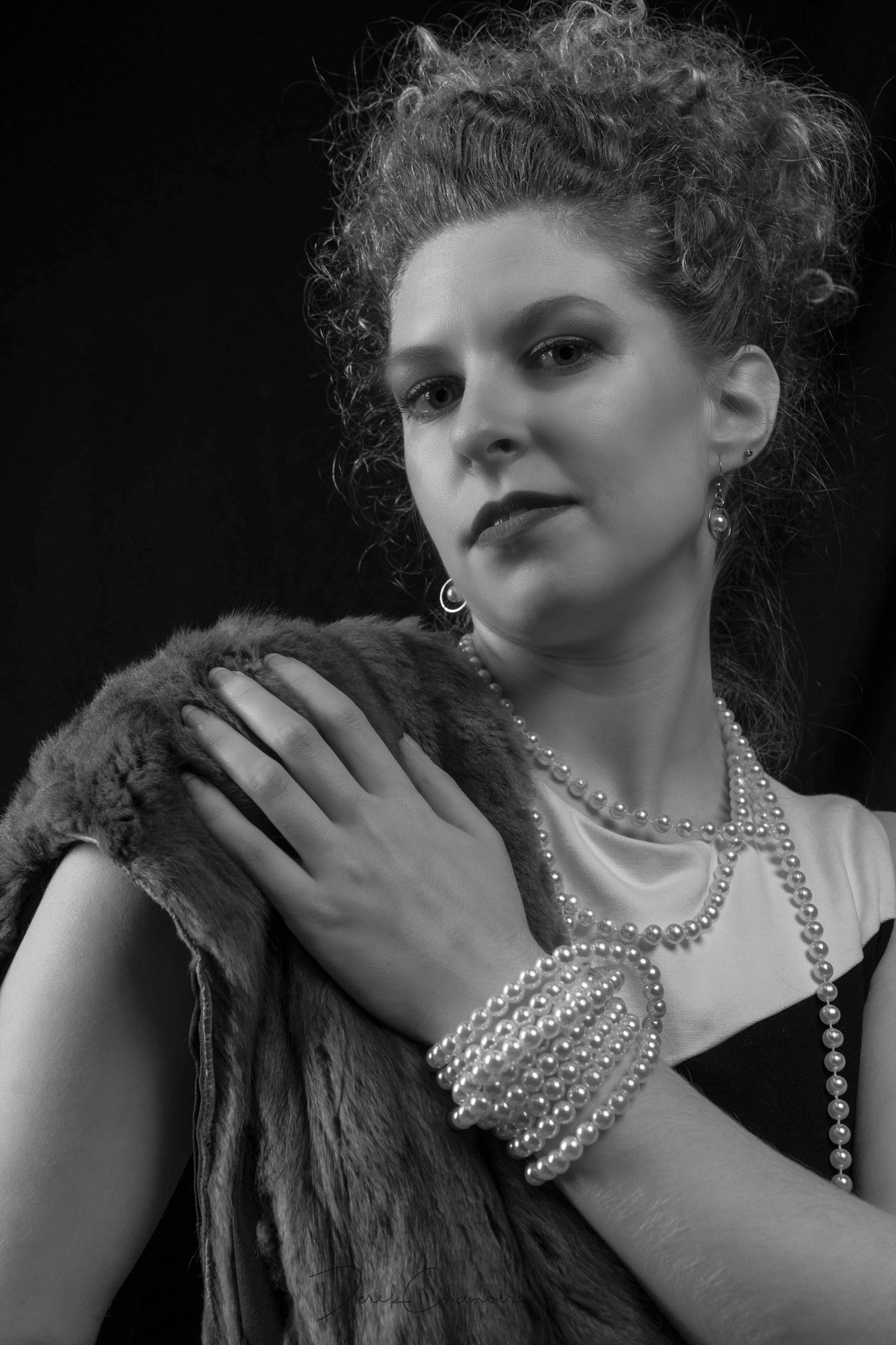Fur and Pearls - Hollywood Style - Derek Chambers