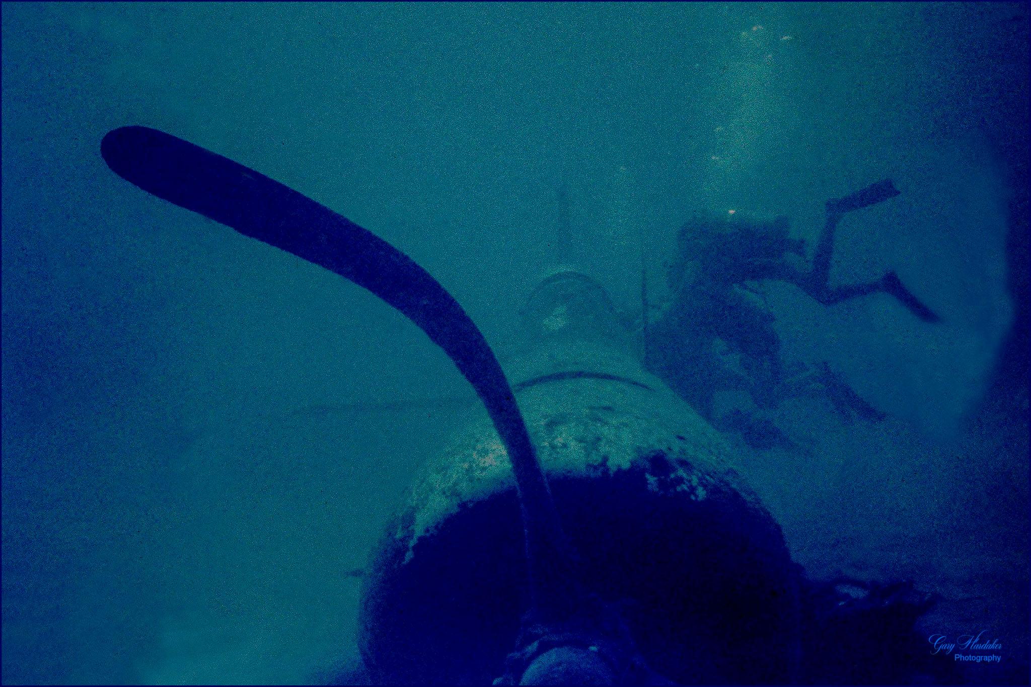 Diving on sunken WW2 Corsair- Gary Hardaker