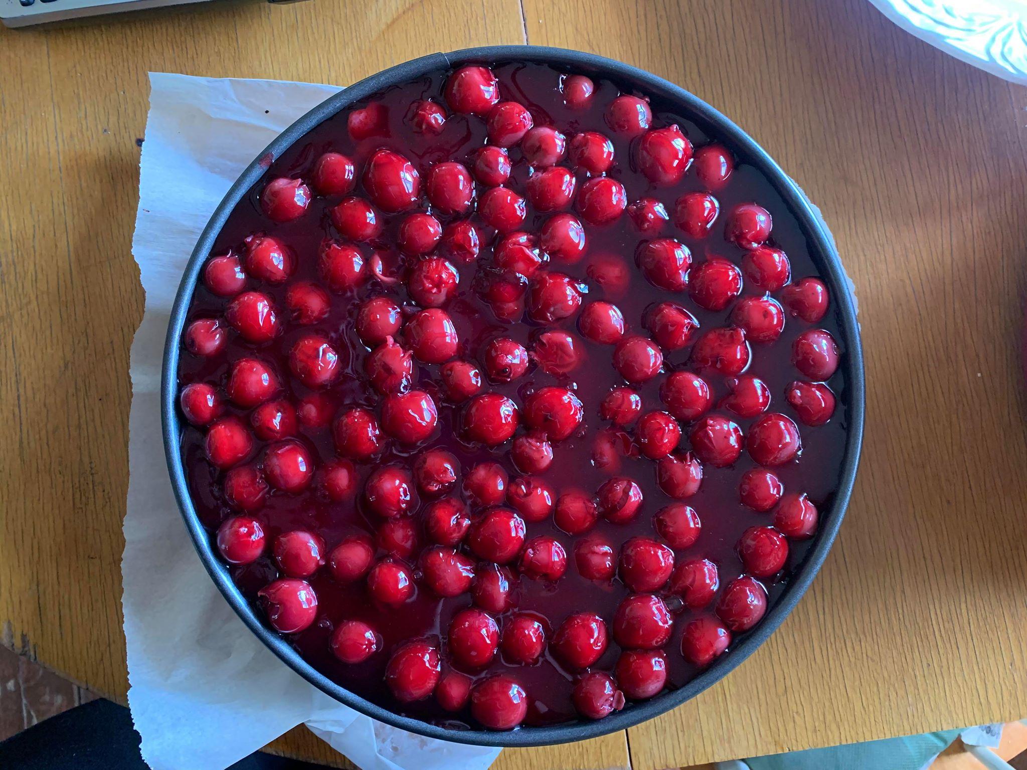 Sour Cherry Cheesecake by Doerte Pavlik