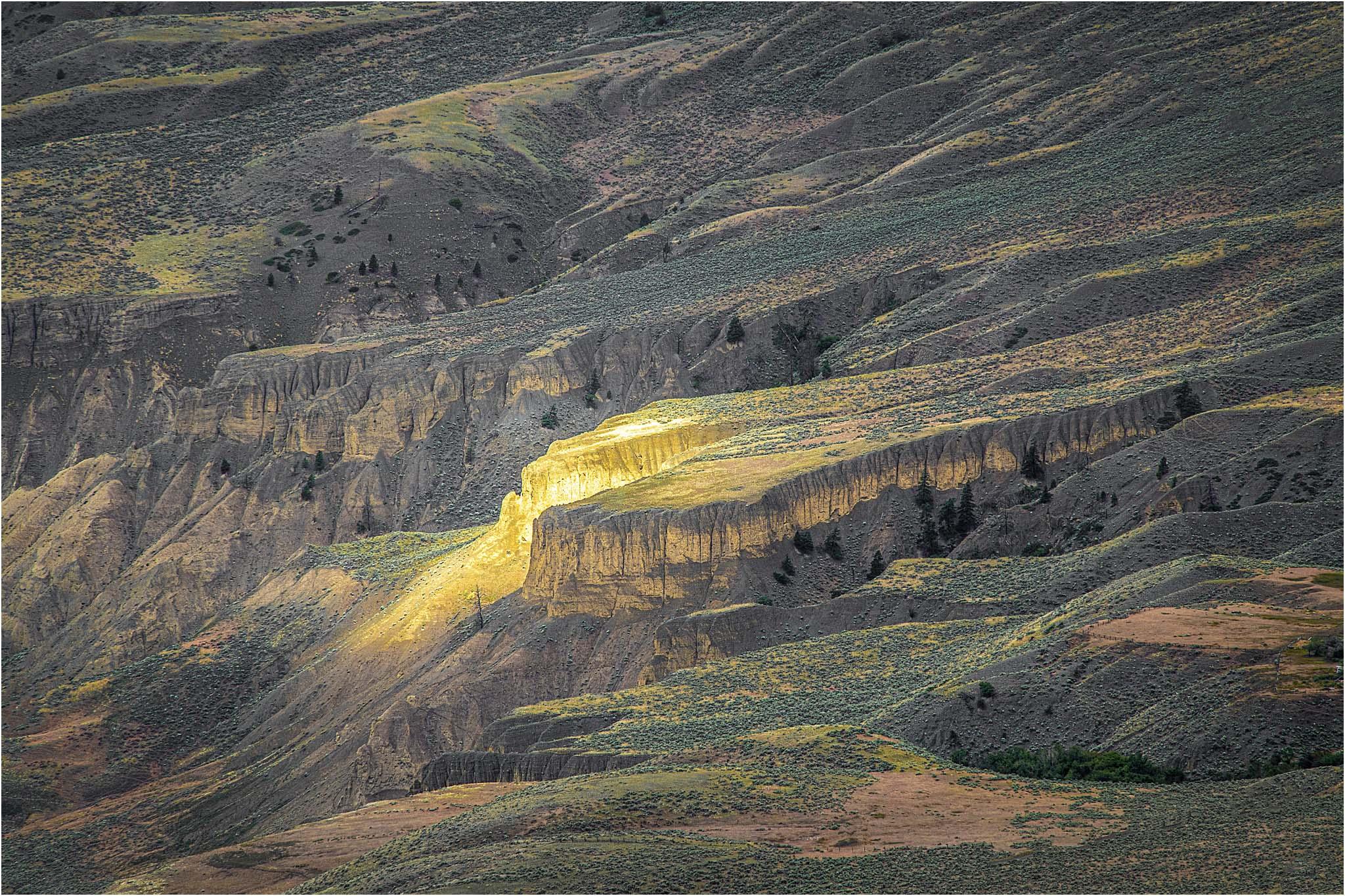 The Pot of Gold - Cougar Pt © Larry Citra