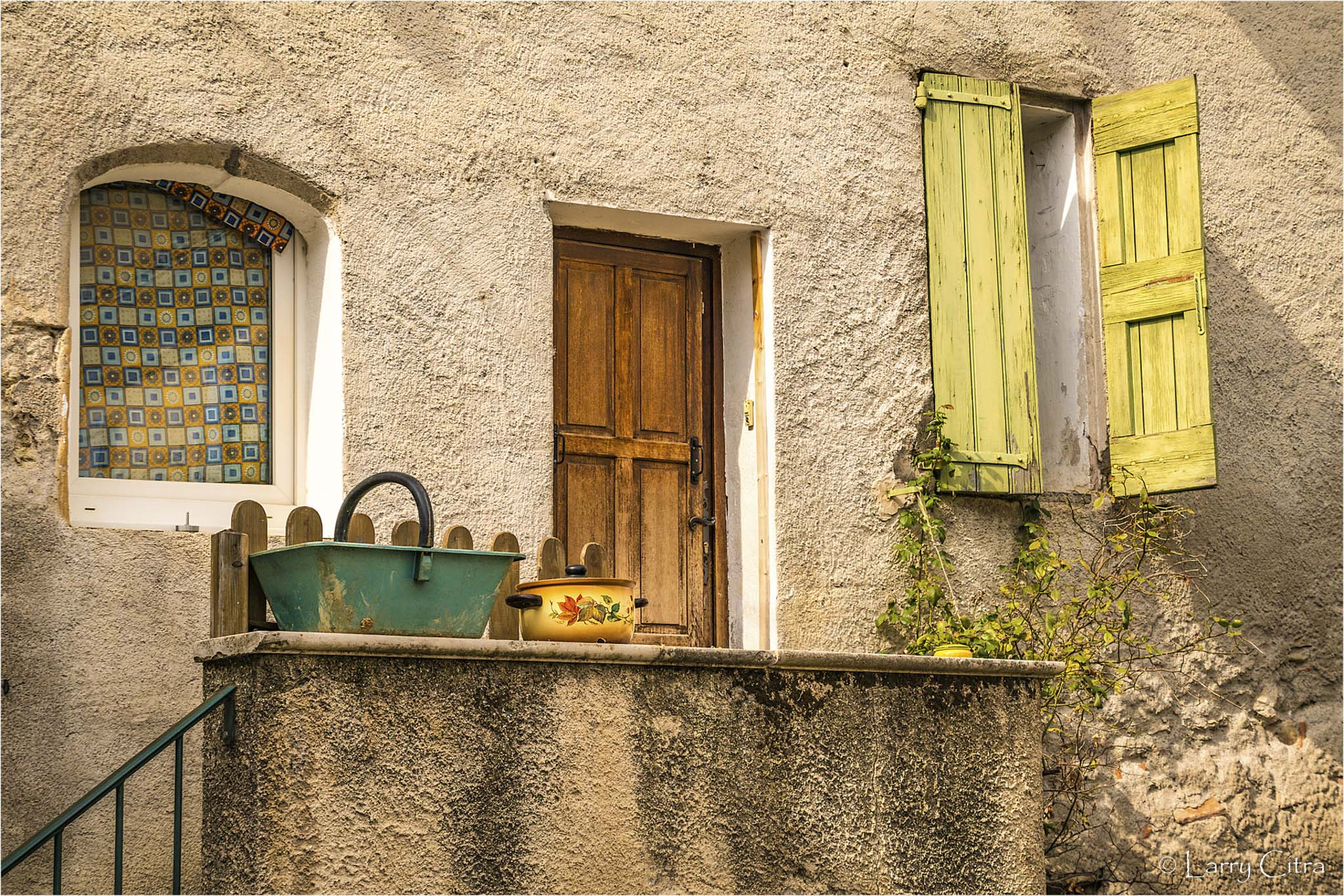 Larry Citra © Green Shutters, Provence, France