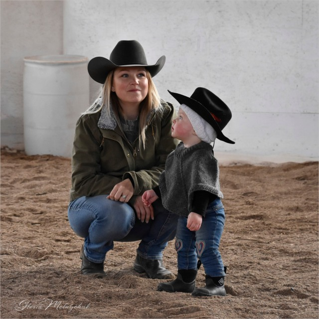 Gloria Melnychuk - Mother and Daughter