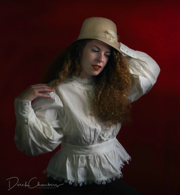 K42-S8216 - Portrait of Kendra - Derek Chambers