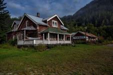 Nigel-Talheo-Bunk-House