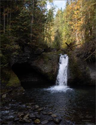 Gary Hardaker-Eakin Creek Waterfall